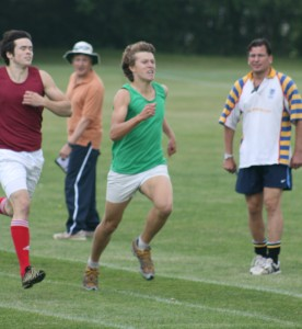 One of my few photos from school - the 1500m sprint finish in the bag ;)